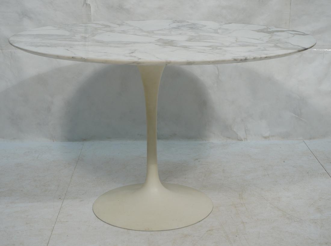 EERO SAARINEN for KNOLL Tulip Dining Table. Round