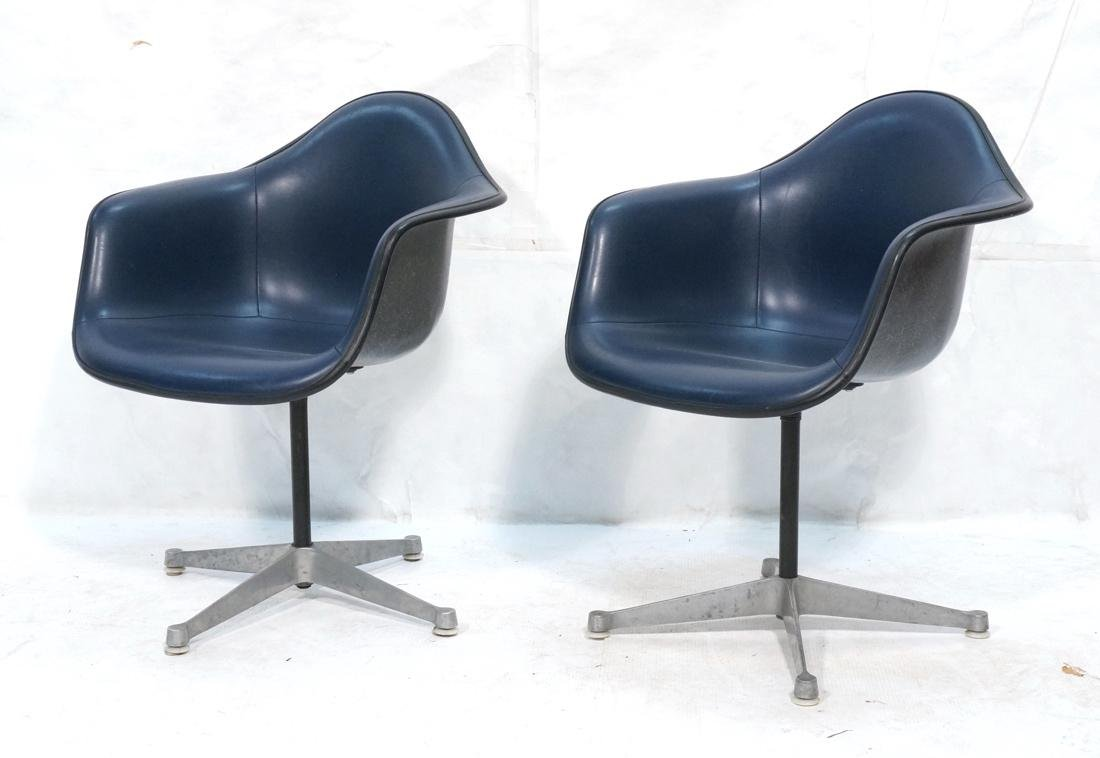 Pr HERMAN MILLER Fiberglass Shell Chairs. Blue se