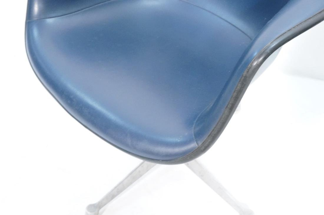 Pr HERMAN MILLER Fiberglass Shell Chairs. Blue se - 5