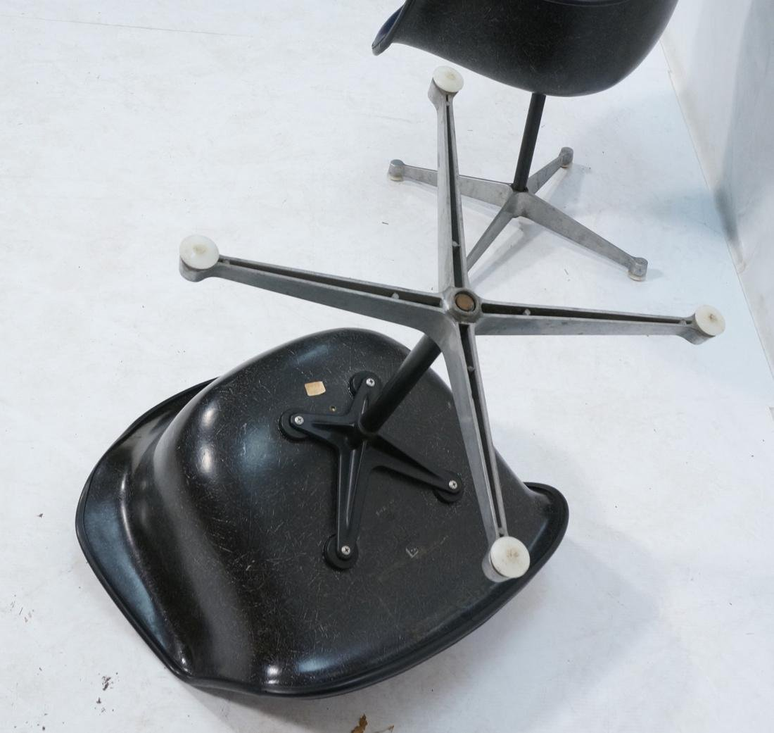 Pr HERMAN MILLER Fiberglass Shell Chairs. Blue se - 9