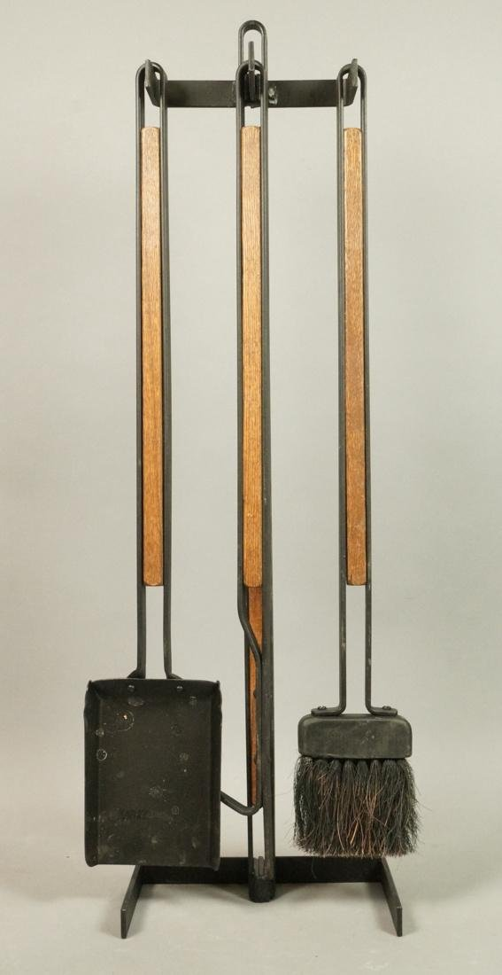 ARTHUR UMANOFF Attrib. Fireplace Tool Set. Black