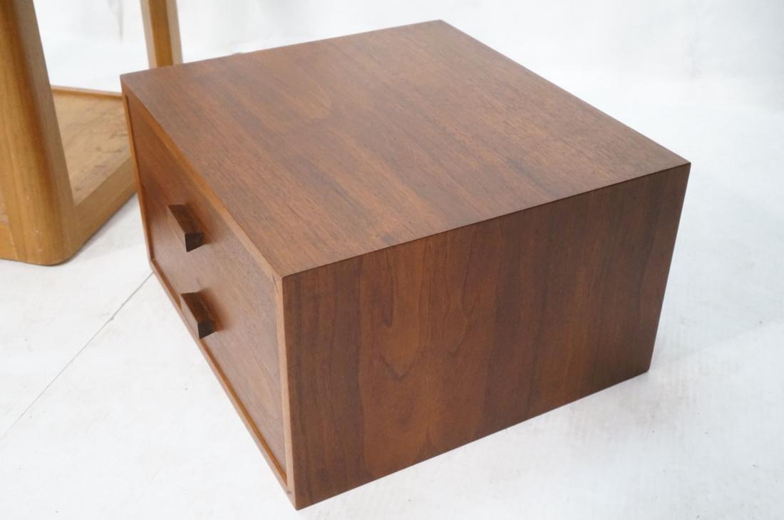 2 Pc Modern Lot Pedestal and Jewelry Box. Tall Da - 3