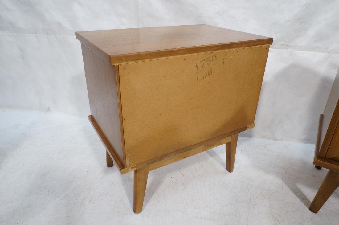 Pr AMERICAN MODERN Light Wood Night Stands. 2 dra - 6