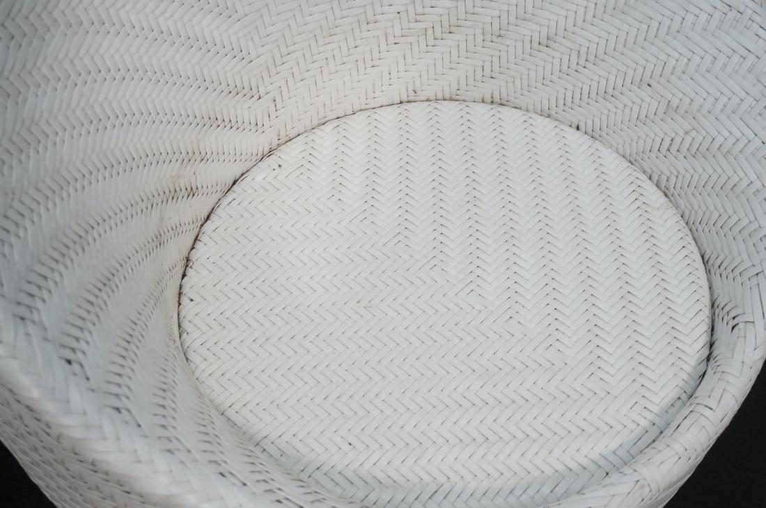 Pr White FRONTGATE Swivel Lounge Chairs. SALIMA m - 5