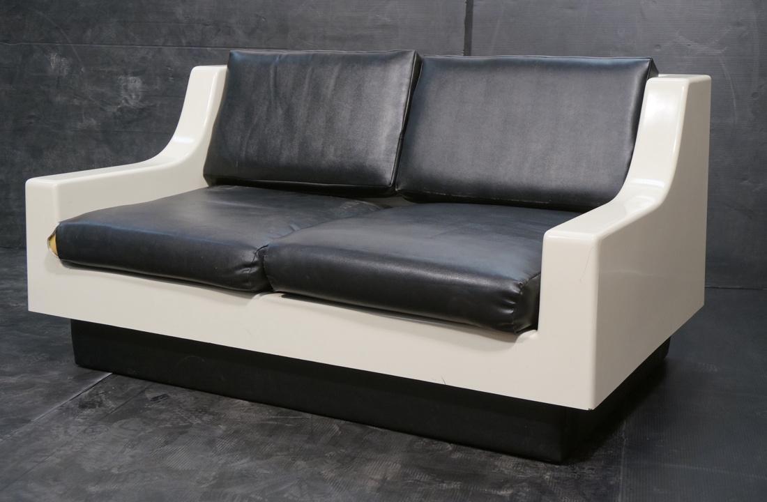80's Modernist Fiberglass Love Seat SofaBed. Whit