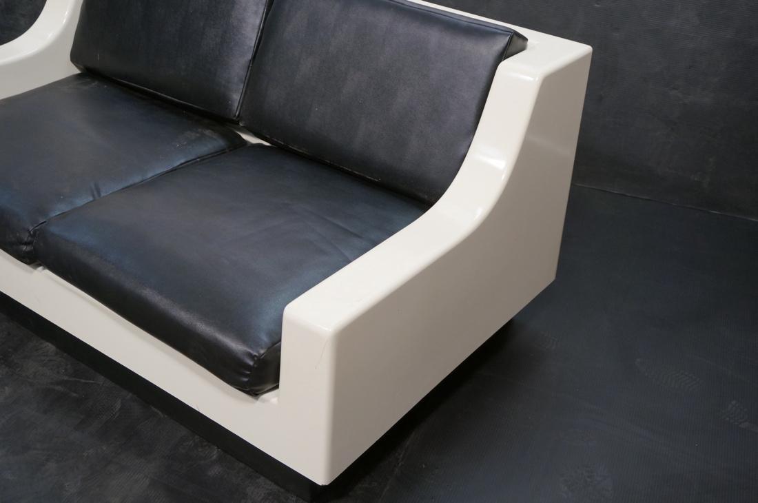 80's Modernist Fiberglass Love Seat SofaBed. Whit - 2
