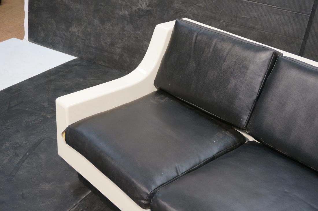 80's Modernist Fiberglass Love Seat SofaBed. Whit - 3