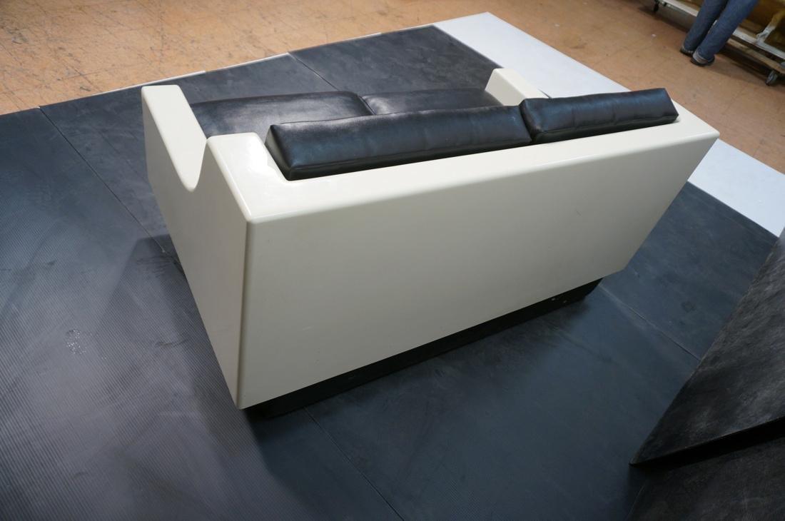 80's Modernist Fiberglass Love Seat SofaBed. Whit - 4