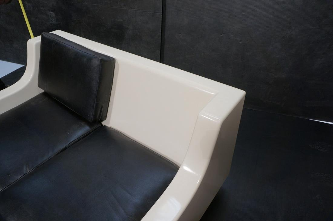 80's Modernist Fiberglass Love Seat SofaBed. Whit - 5