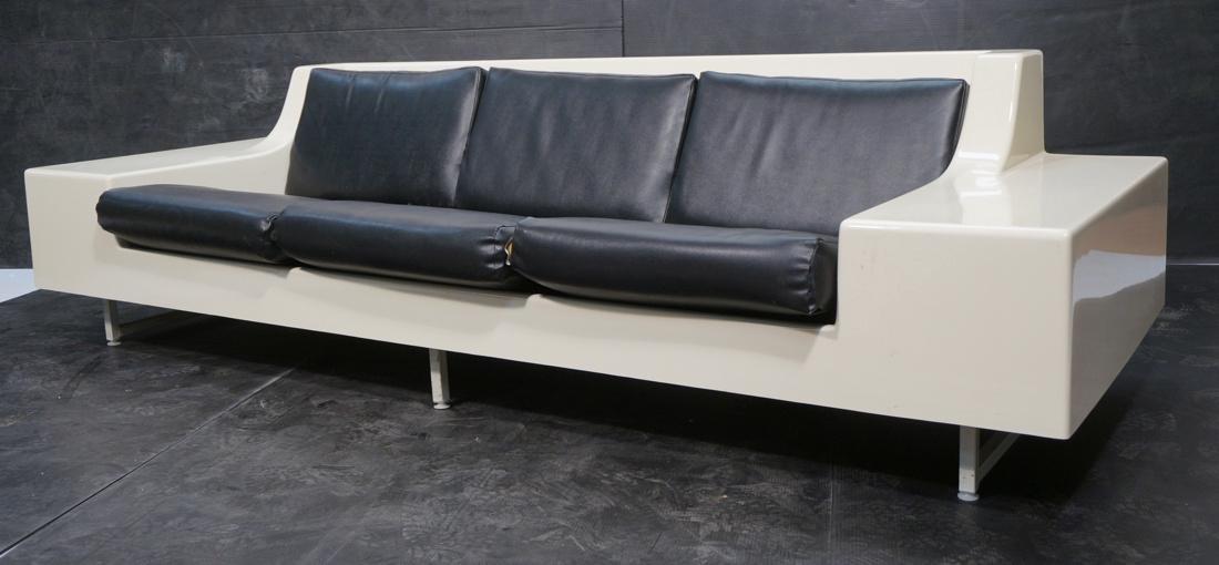 80's Modernist Fiberglass Couch. White Molded Fib