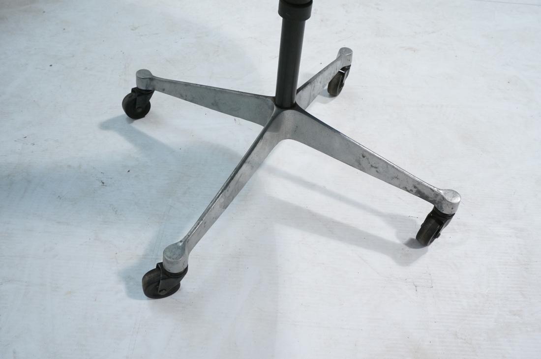 6pc HERMAN MILLER Fiberglass Shell Chairs. Four T - 4