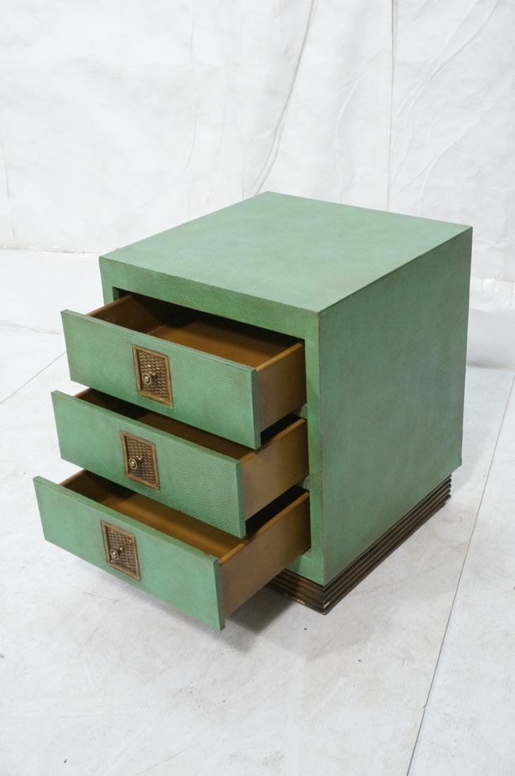 SHAGREEN Style 3 Drawer Green Night Stand. Textur - 3
