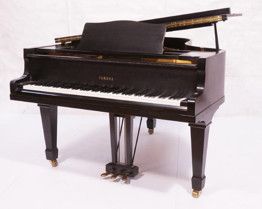 YAMAHA G2 Ebony case Baby Grand piano with matchi