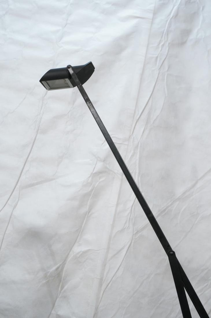 TIZIO Style Black Metal Cantilever Floor Lamp. - 8