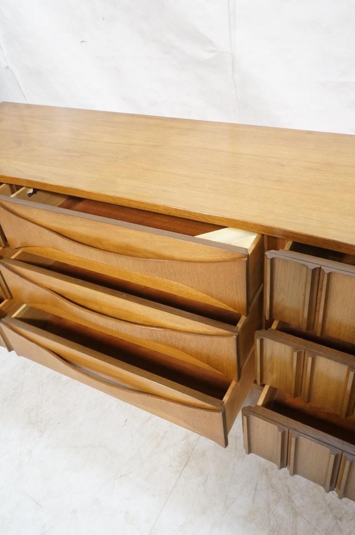 UNITED Nine Drawer Curved Front Walnut Dresser Cr - 4