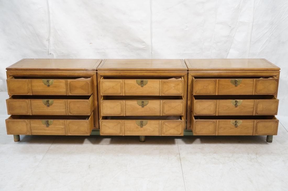 TAMERLANE Triple Chest Cabinets on Single Long ba - 2