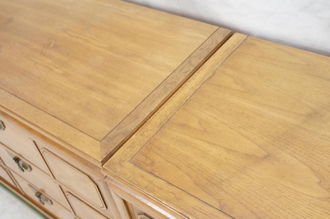 TAMERLANE Triple Chest Cabinets on Single Long ba - 7