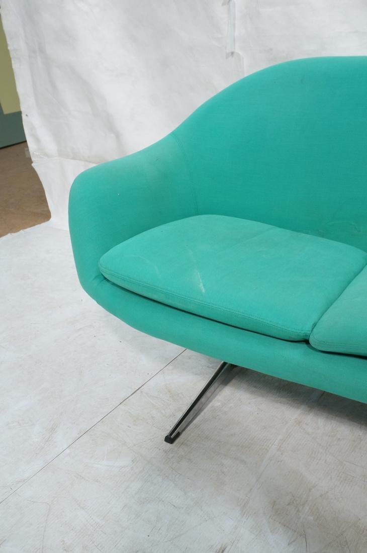 OVERMAN Modern Green Upholstered Love Seat. Sofa - 4