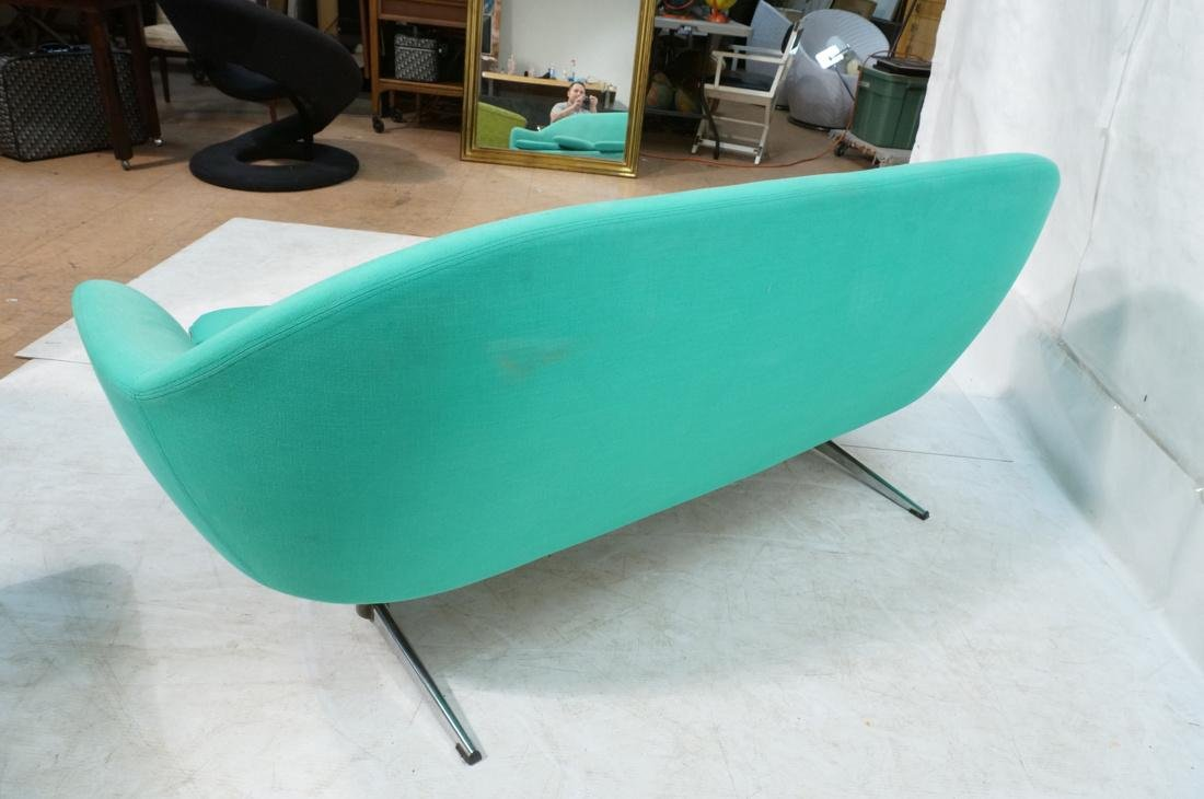 OVERMAN Modern Green Upholstered Love Seat. Sofa - 9