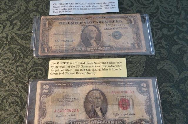 lot of 2 US Notes