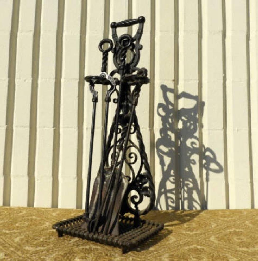 VICTORIAN FIREPLACE TOOL STAND