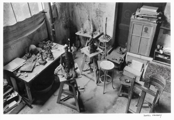 7: Daniel FRASNAY (France - né en 1928)  Vue de l'ateli