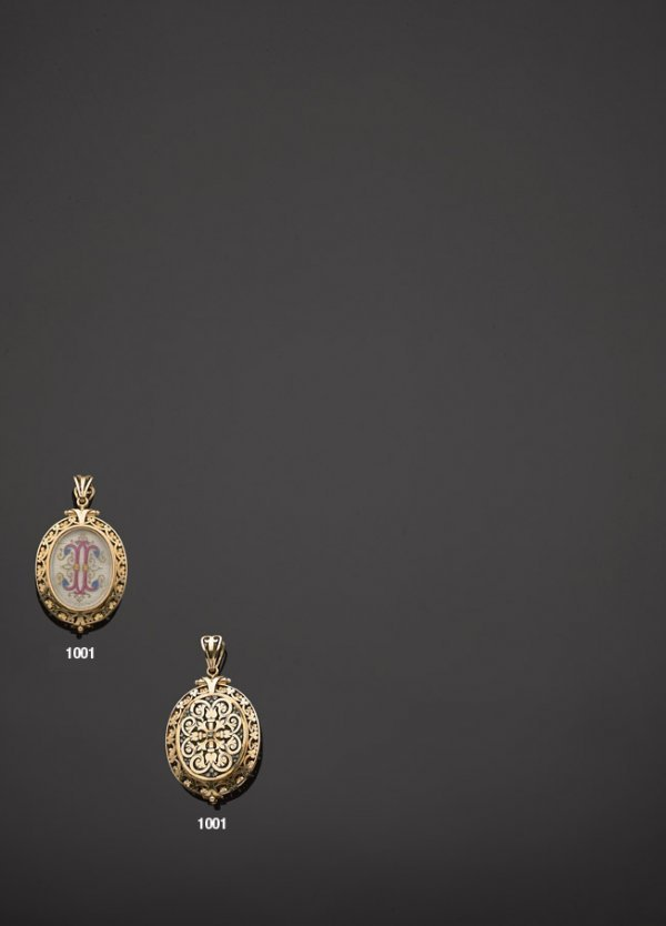 "1001: Pendentif ""médaillon"" en or, argent, diamants tai"