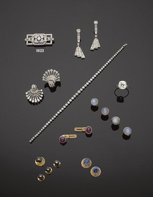 1023: Broche ajourée diamants de taille ancienne.