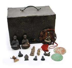 LACQUER BOX WITH SMALL BRONZE BUDDHA / BRONZE MIRROR