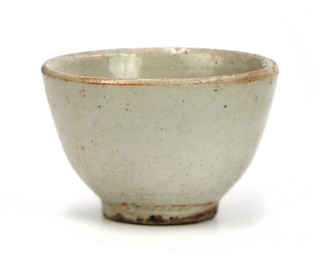 KOREAN WHITE GLAZED CUP
