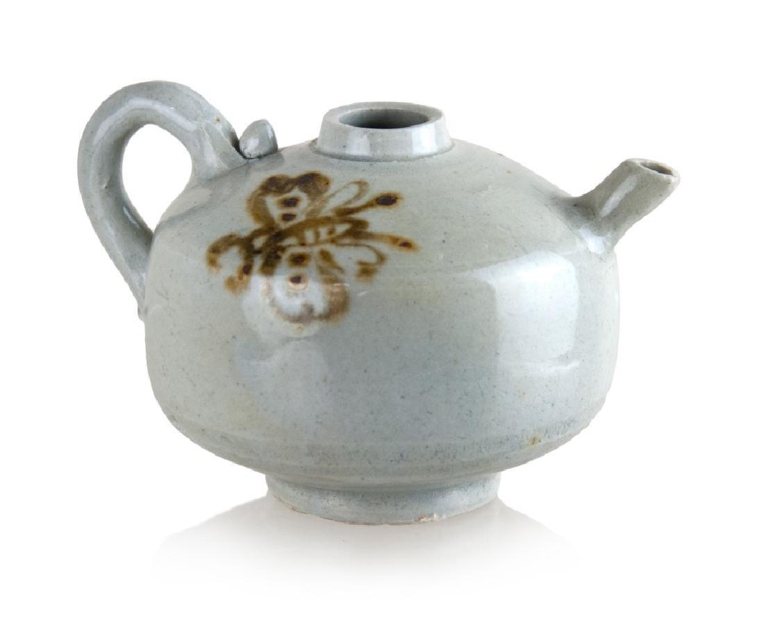 KOREAN BUTTERFLY TEA POT