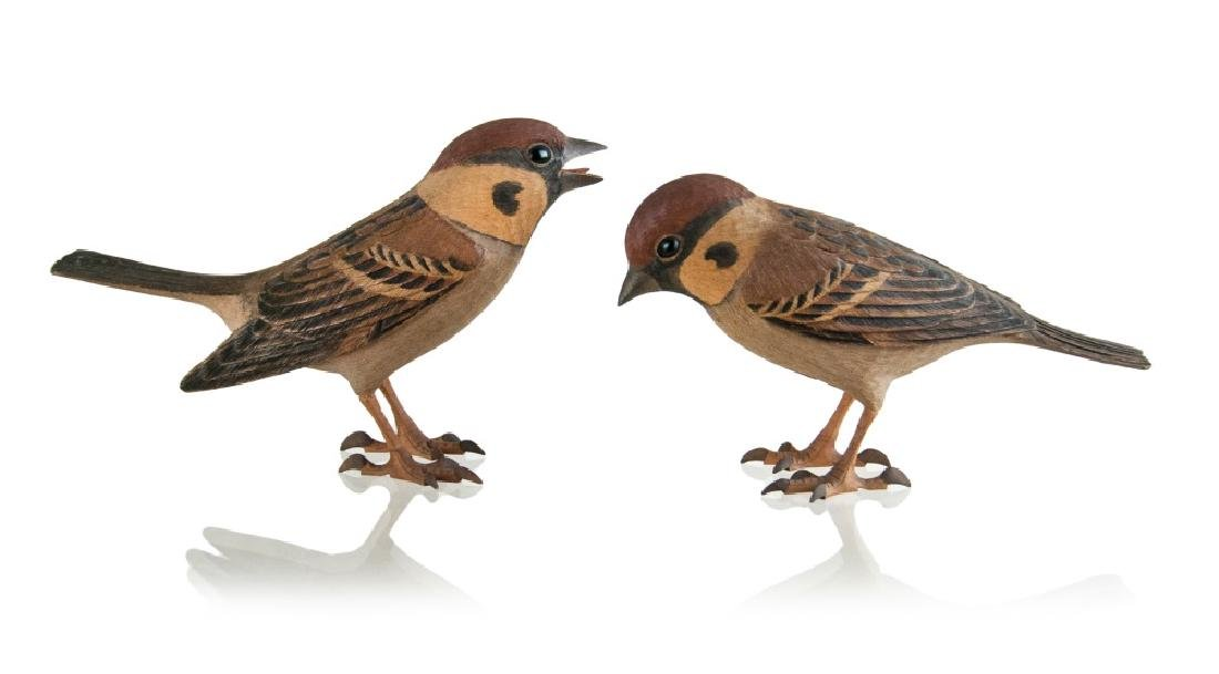 A  PAIR OF WOOD CARVED SPARROWS - 2
