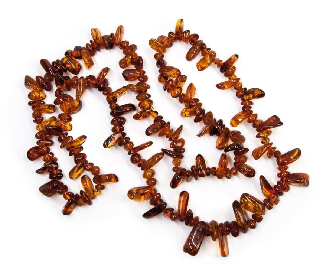 AMBER PEBBLE NECKLACE