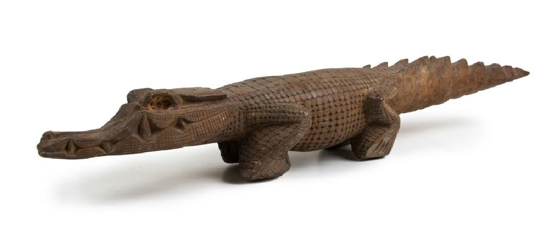 CARVED WOOD BROWN CROCODILE