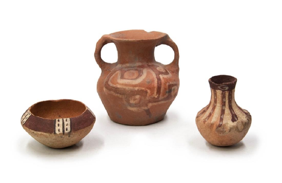 SMALL POTTERY VESSEL GROUP