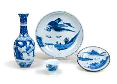CHINESE BLUE AND WHITE PORCELAIN GROUP