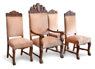 A FINE SET OF DINING CHAIRS