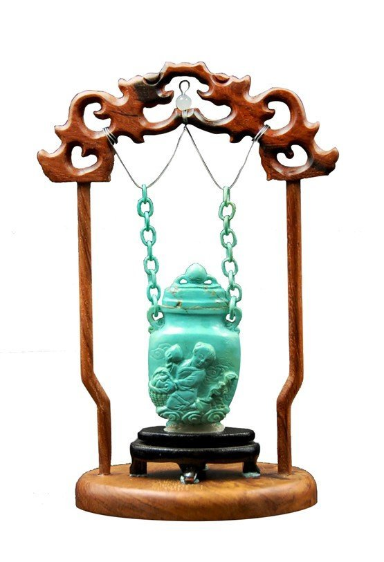SUSPENDED TURQUOISE SNUFF BOTTLE