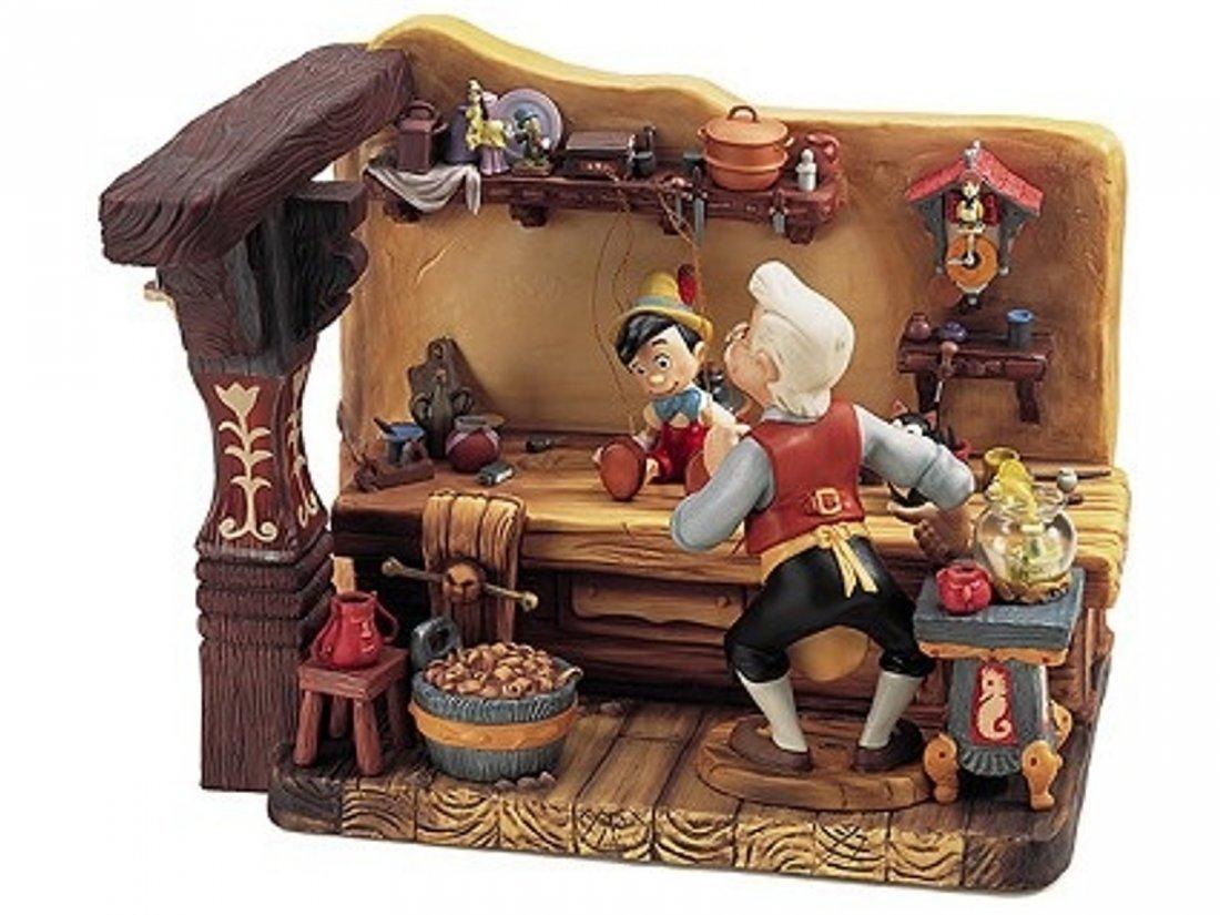 Disney's Pinocchio WDCC - 3