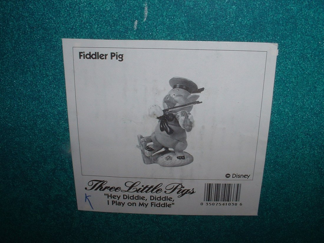 Disney's Three Little Pigs WDCC A/P - 3