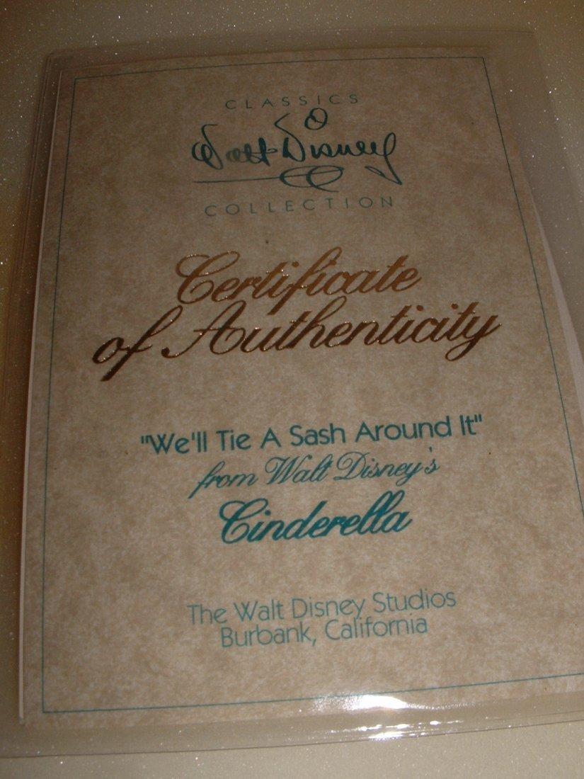 Disney's Cinderella WDCC - 3