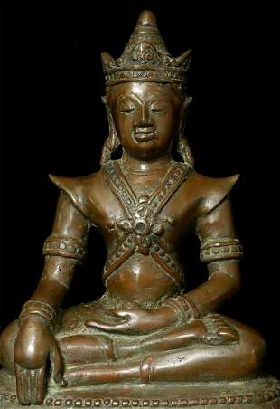 Lovely 17/18thC or earlier  Northern Thai Bronze Buddha