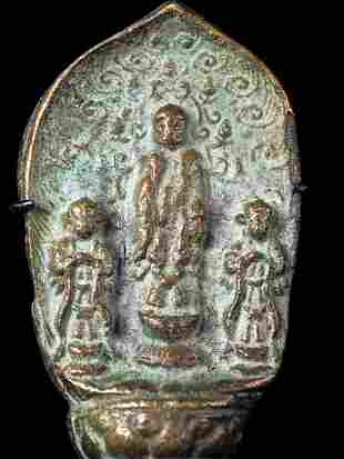 Antique Chinese bronze Buddha in an archaic style.