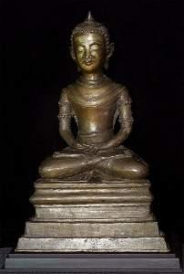 Unique, large Burmese Buddha.