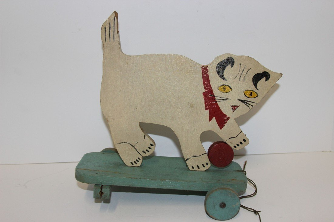 Wooden Pull Cat Toy Fair Condition 2 wheels are