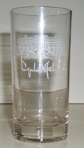 722: LYNDON B. JOHNSON WHITE HOUSE GLASS