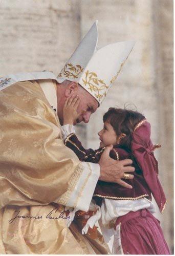 2007: POPE JOHN PAUL II PHOTO SIGNED & BOOK SIGNED