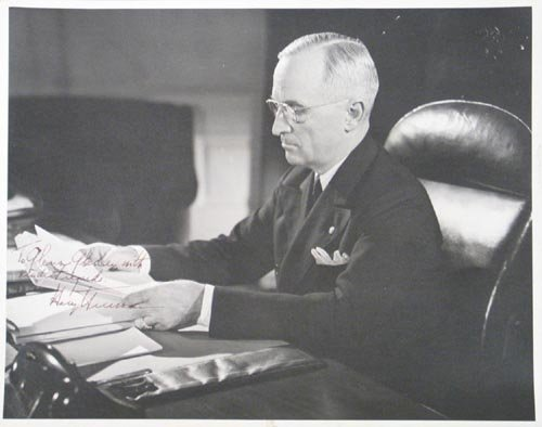 2608: HARRY S. TRUMAN  11X14 PHOTO SIGNED - PRESIDENT