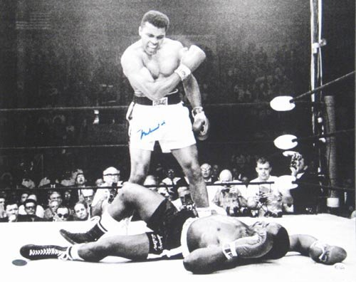 4007: MUHAMMAD ALI 16X20 PHOTO SIGNED - STEINER COA