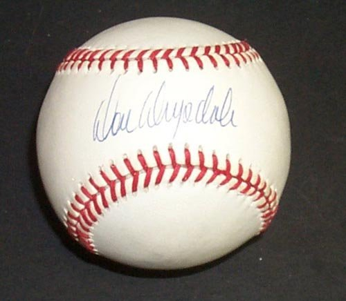1269: DON DRYSDALE SIGNED OFFICIAL NL BALL - PSA/DNA